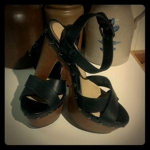 Gianni Bini Black Leather & Wood Platform Sandals